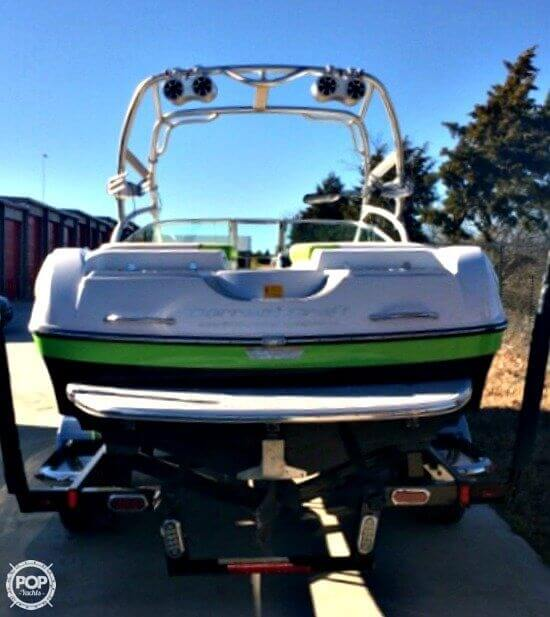 2007 Correct Craft Crossover Nautique 236 - Photo #3