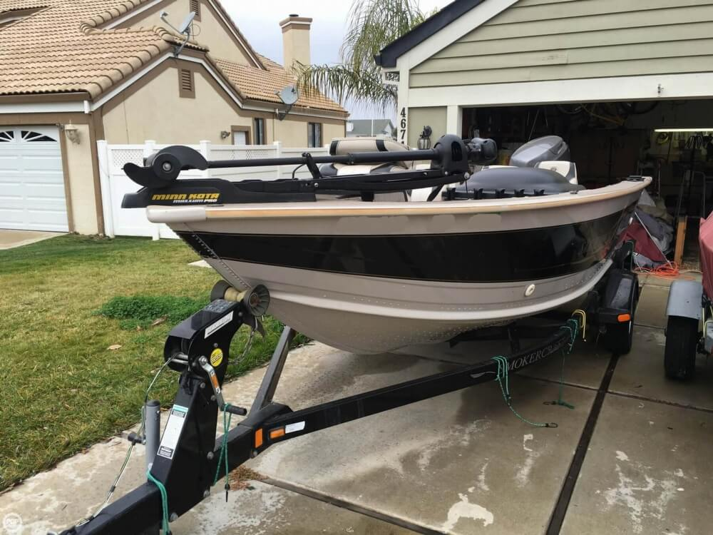2001 Smoker Craft boat for sale, model of the boat is Millentia 172 & Image # 2 of 40