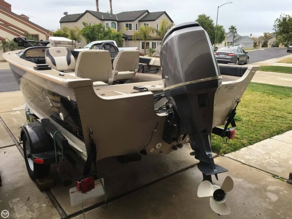 2001 Smoker Craft boat for sale, model of the boat is Millentia 172 & Image # 11 of 40