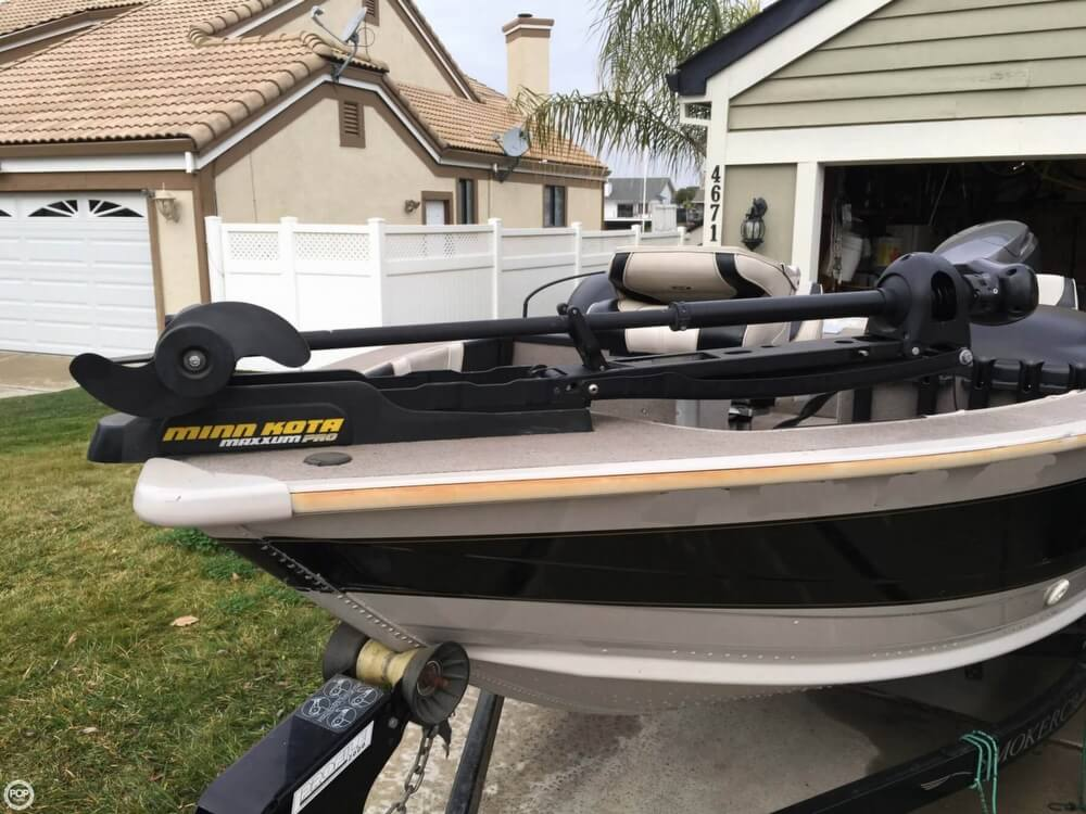 2001 Smoker Craft boat for sale, model of the boat is Millentia 172 & Image # 13 of 40