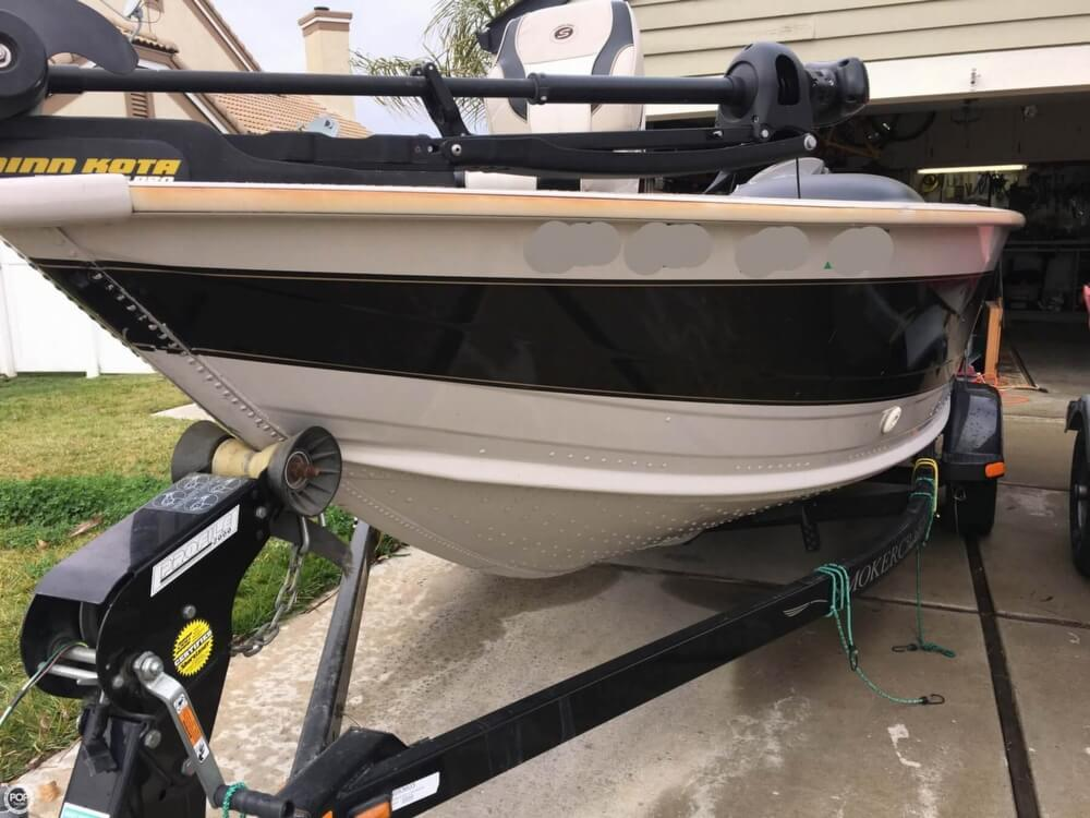 2001 Smoker Craft boat for sale, model of the boat is Millentia 172 & Image # 25 of 40