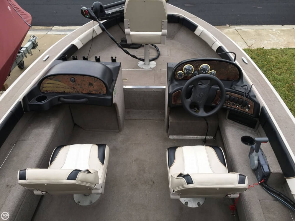 2001 Smoker Craft boat for sale, model of the boat is Millentia 172 & Image # 7 of 40