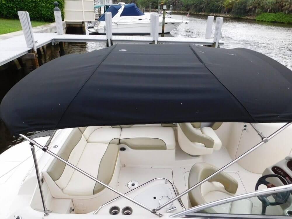 2005 Sea Ray 240 Sundeck - Photo #10