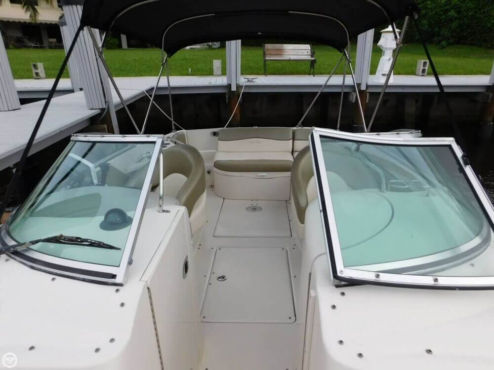 2005 Sea Ray 240 Sundeck - Photo #14