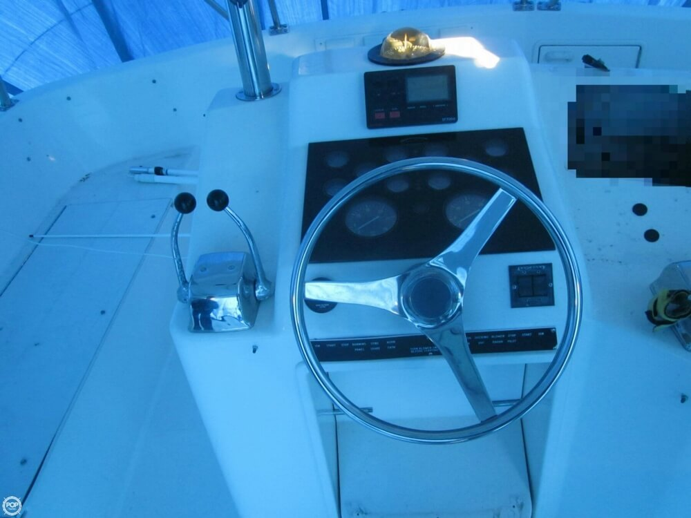1991 Ocean Yachts 42 Super Sport - Photo #17