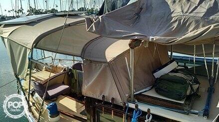 1972 Bluewater Yachts Ingrid 38 - Photo #3