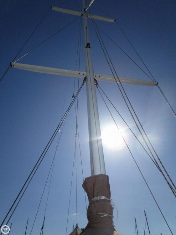 1972 Bluewater Yachts Ingrid 38 - Photo #13