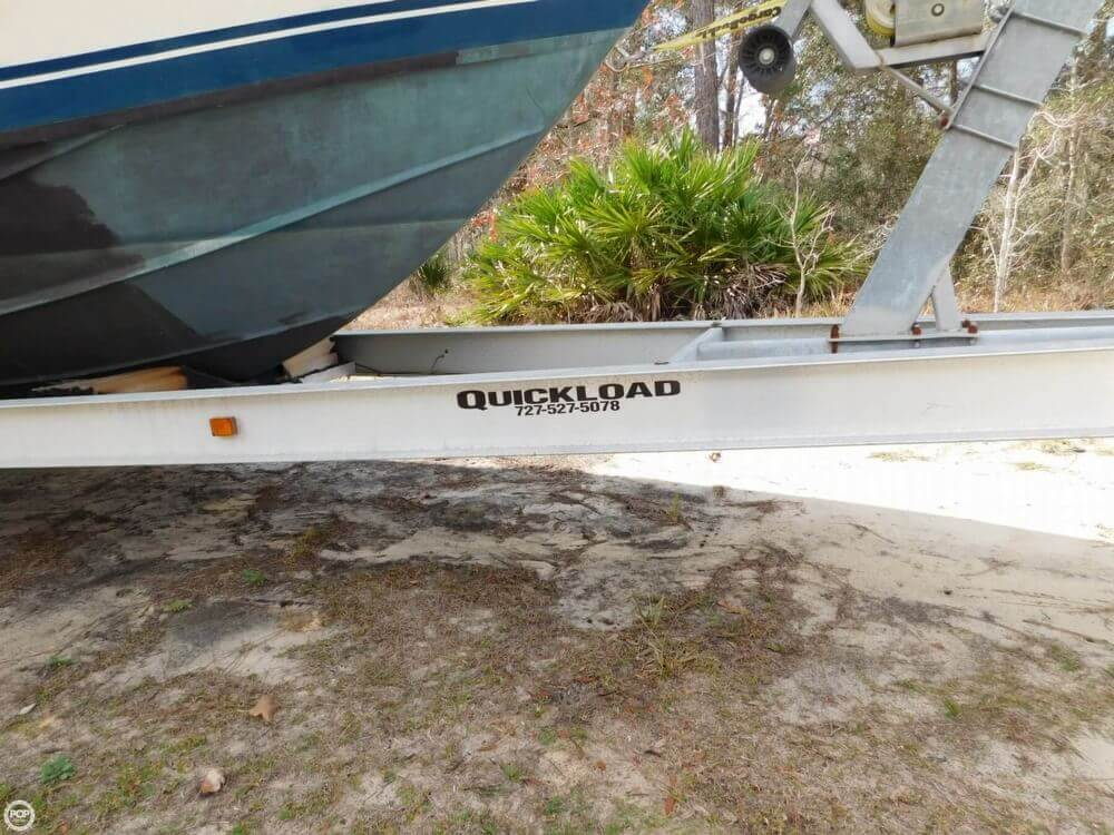 1978 Bertram boat for sale, model of the boat is 28 Sport Fisherman & Image # 2 of 40