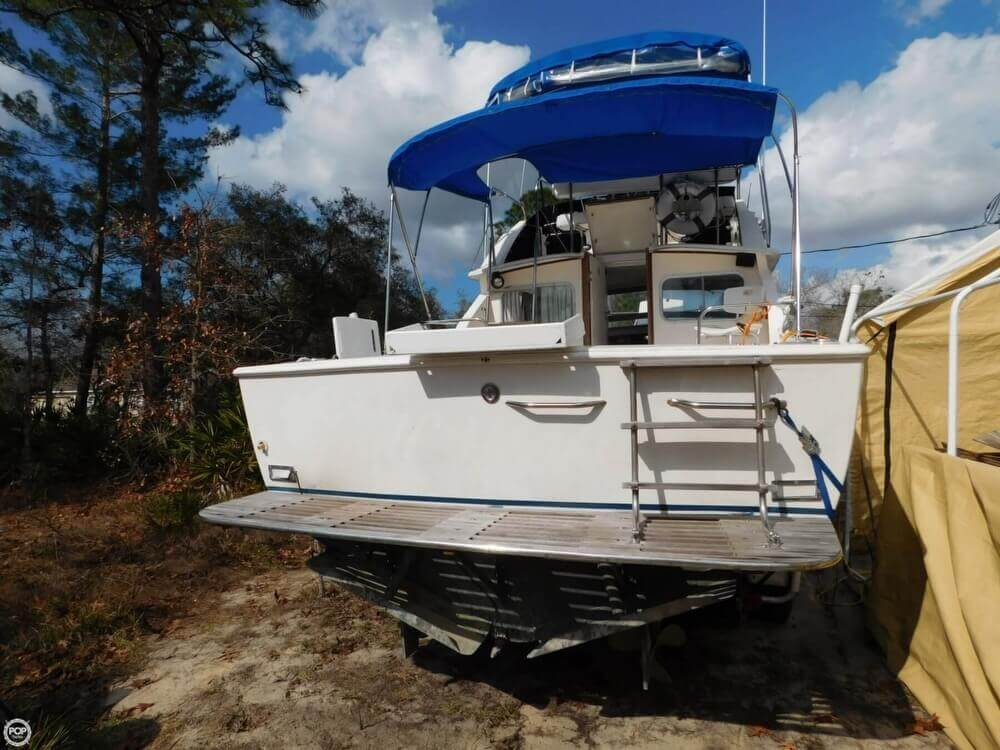 1978 Bertram boat for sale, model of the boat is 28 Sport Fisherman & Image # 3 of 40