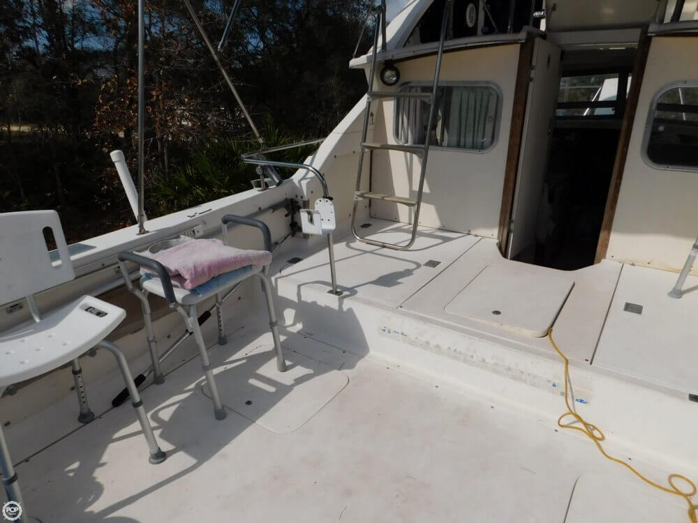 1978 Bertram boat for sale, model of the boat is 28 Sport Fisherman & Image # 13 of 40