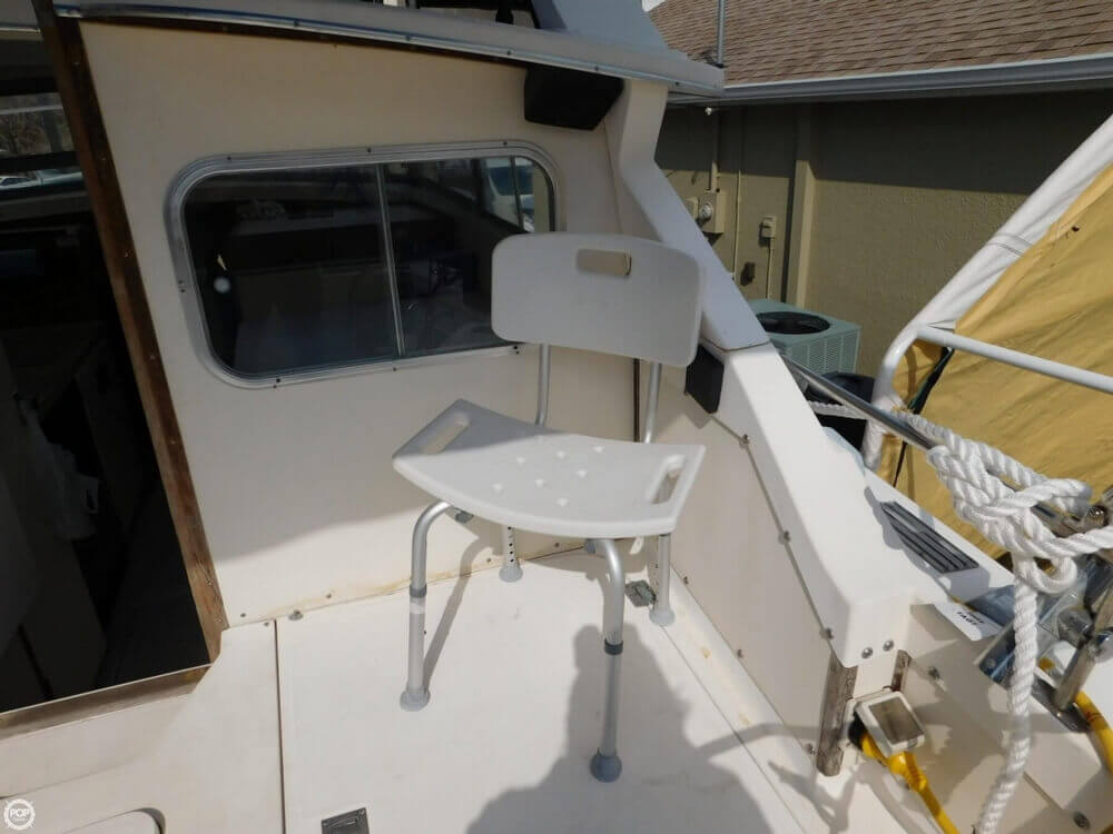 1978 Bertram boat for sale, model of the boat is 28 Sport Fisherman & Image # 16 of 40
