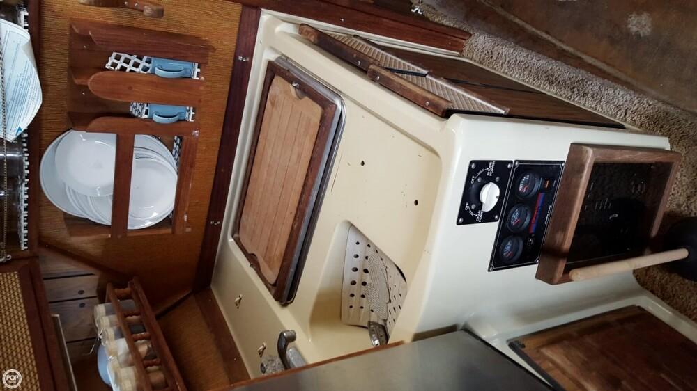 1978 Sea Ray SRV 300 Express - Photo #14