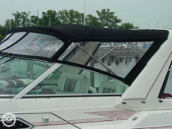 1990 Sea Ray 310 Express Cruiser - Photo #4
