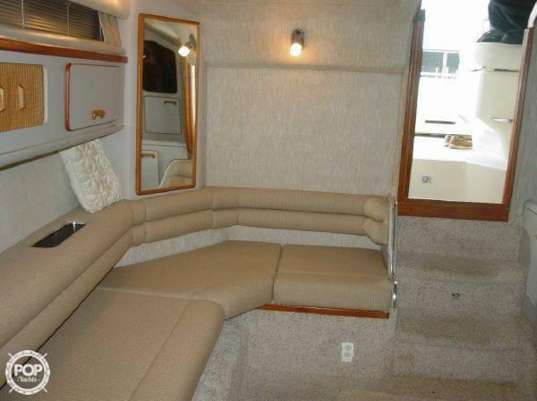 1990 Sea Ray 310 Express Cruiser - Photo #20