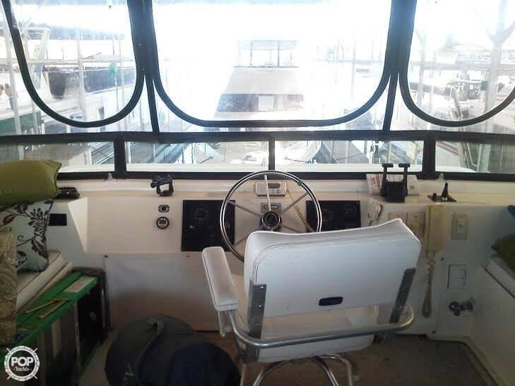 Comfortable Helm On Flybridge