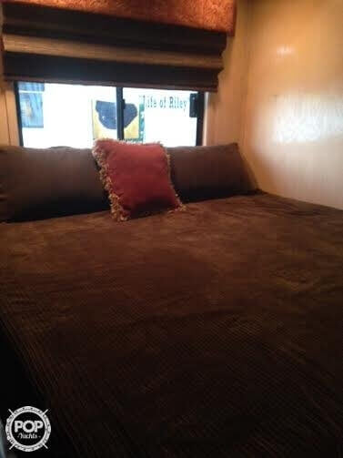 Master Cabin, King Size Bed