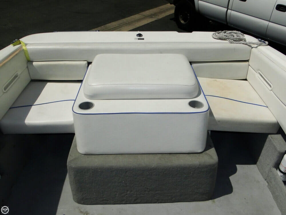 2006 Bayliner 215 Classic Runabout - Photo #15