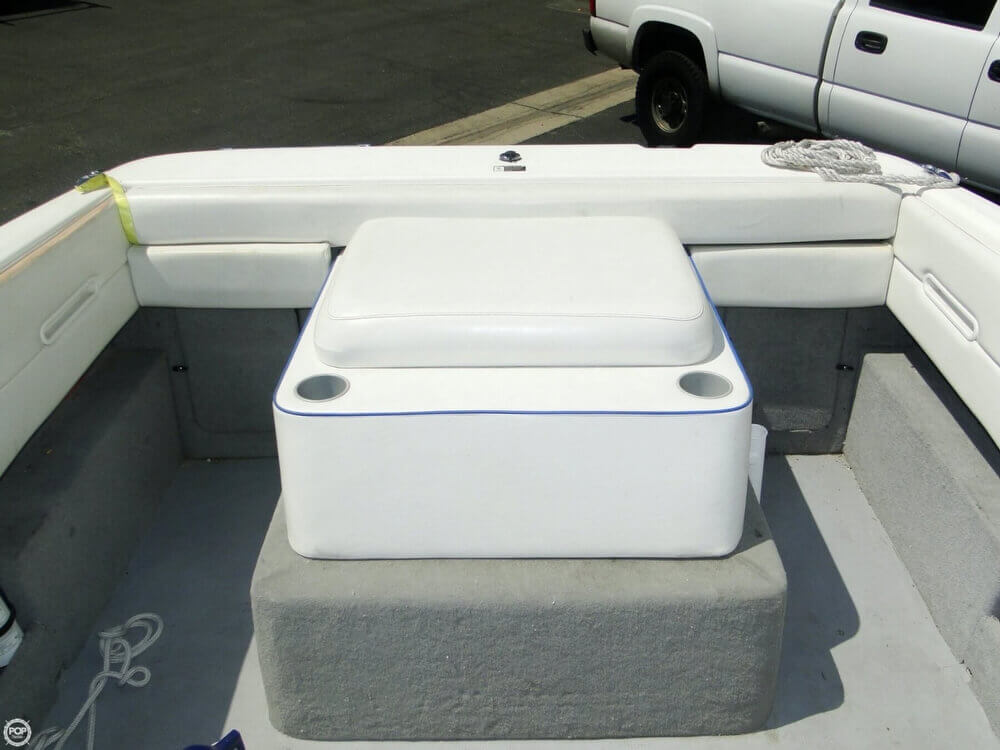 2006 Bayliner 215 Classic Runabout - Photo #18