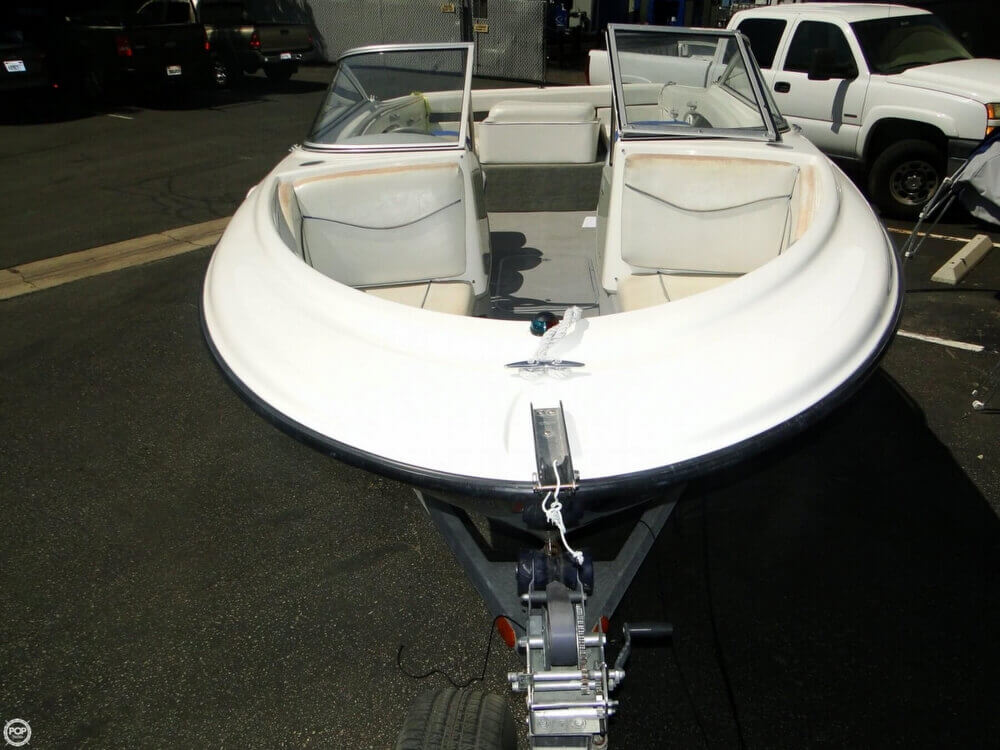 2006 Bayliner 215 Classic Runabout - Photo #31