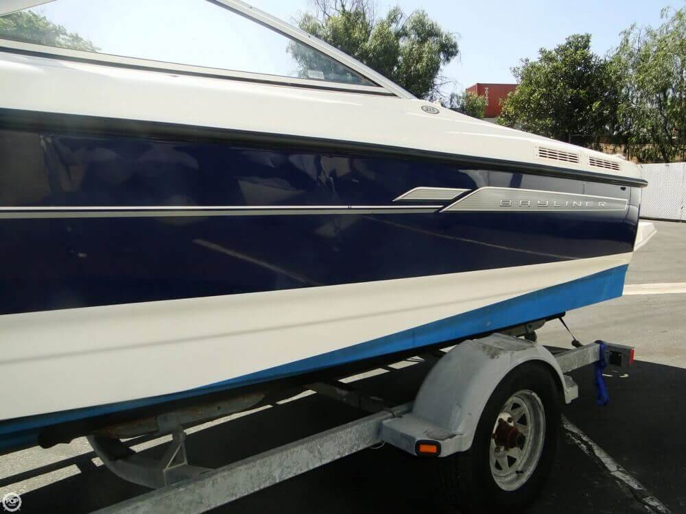 2006 Bayliner 215 Classic Runabout - Photo #34