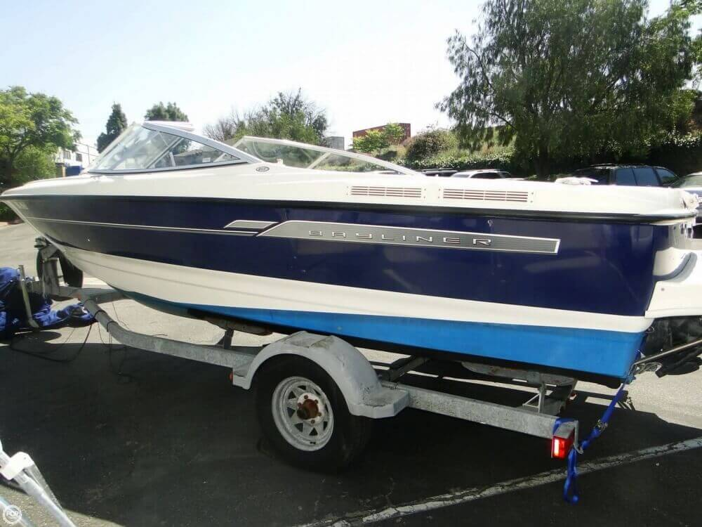 2006 Bayliner 215 Classic Runabout - Photo #36