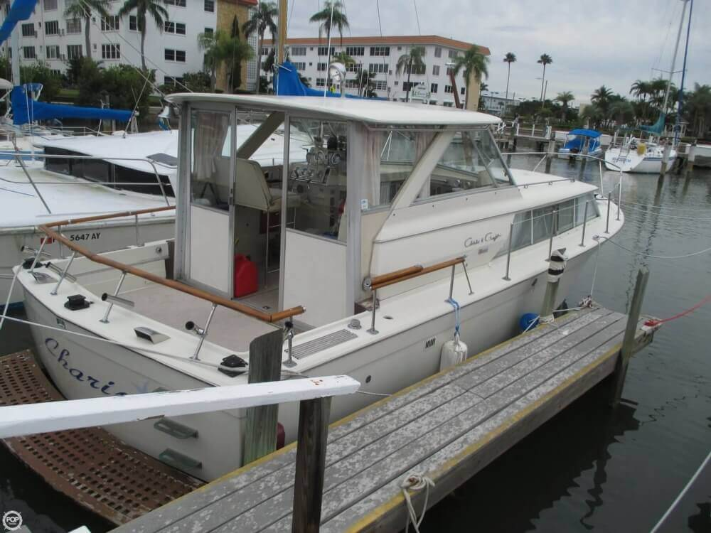1971 Chris-Craft 31 Commander - Photo #39