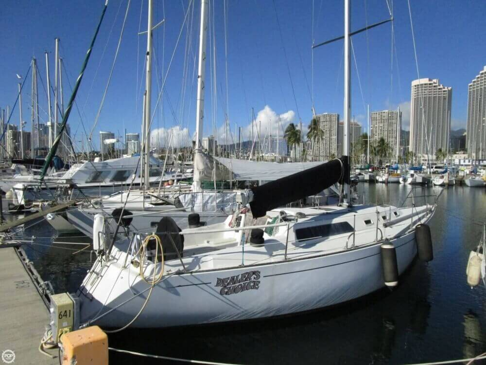 1979 Islander Yachts 40 - Photo #5