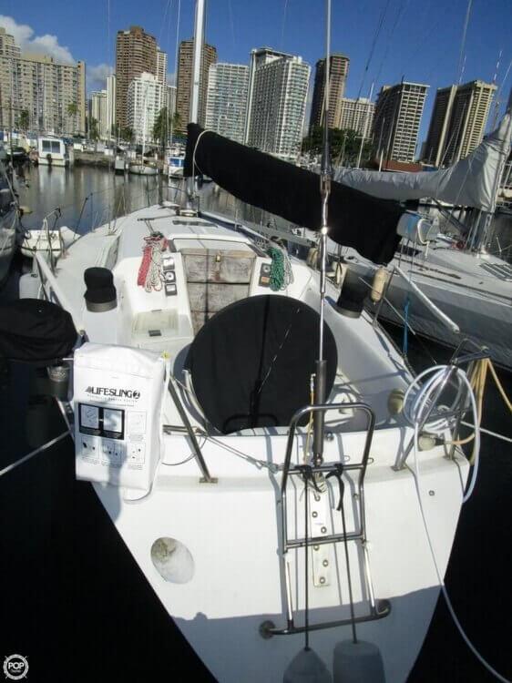1979 Islander Yachts 40 - Photo #7