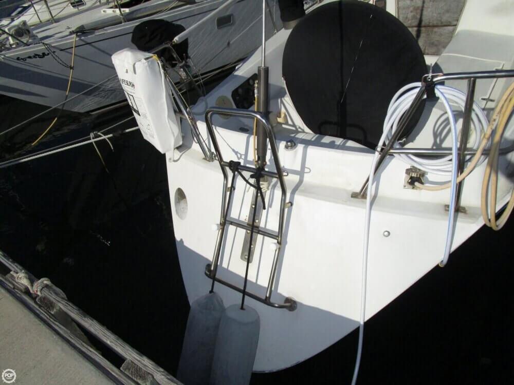 1979 Islander Yachts 40 - Photo #16