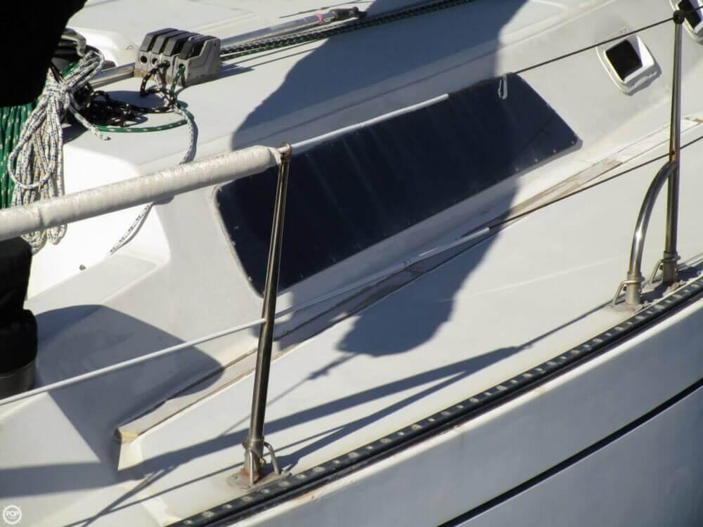 1979 Islander Yachts 40 - Photo #20