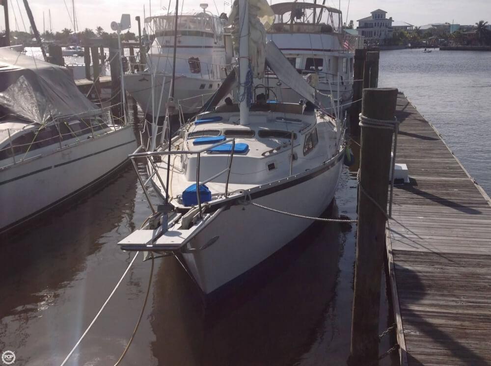 1983 Irwin Yachts 38 - Photo #2