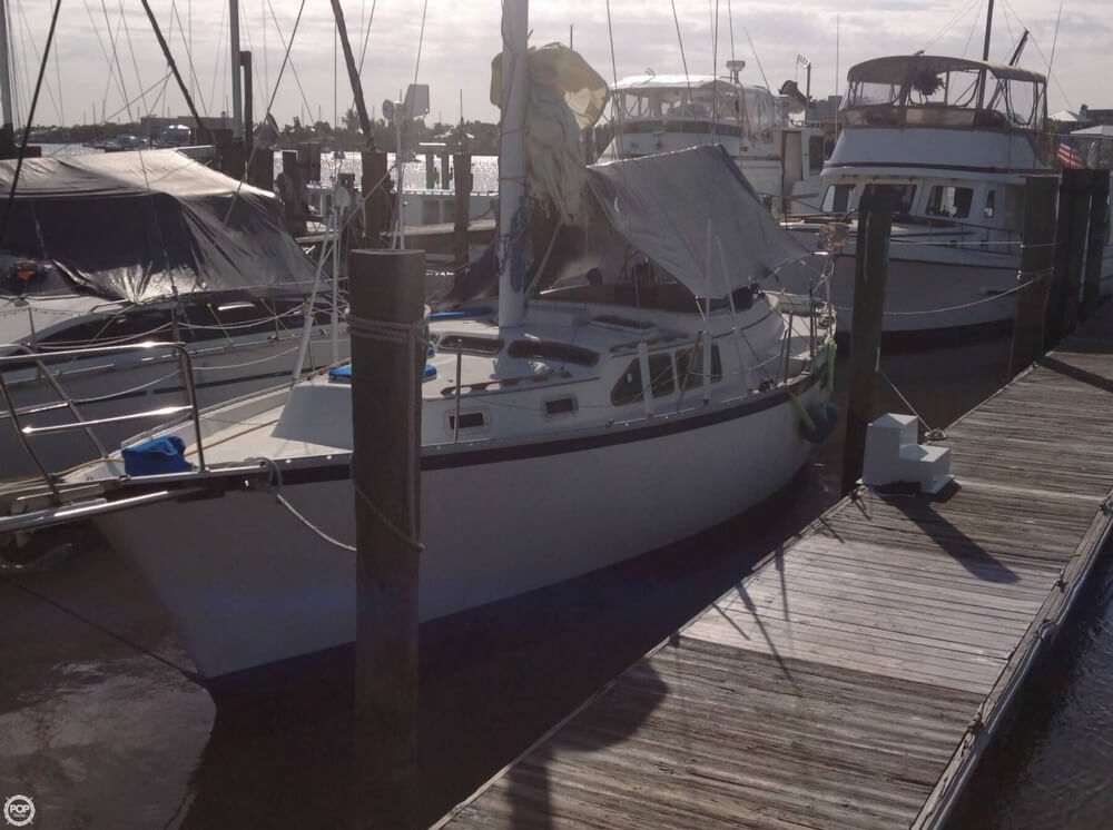 1983 Irwin Yachts 38 - Photo #3
