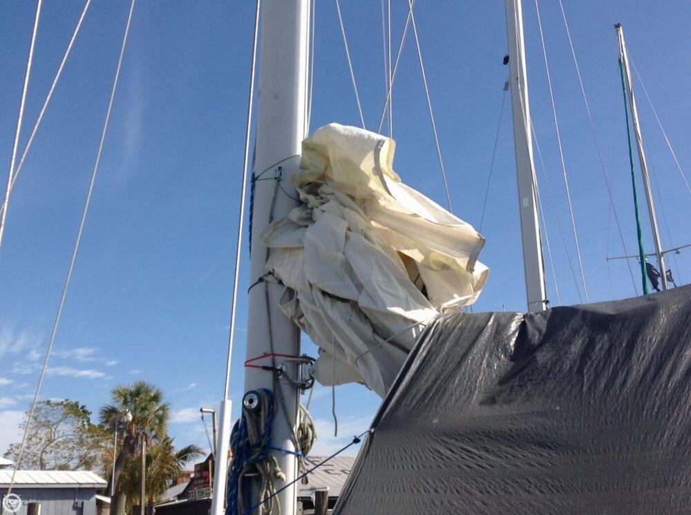 1983 Irwin Yachts 38 - Photo #10