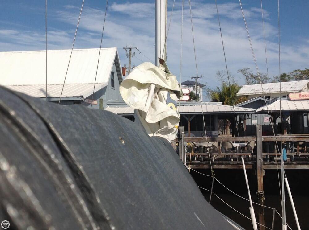 1983 Irwin Yachts 38 - Photo #21