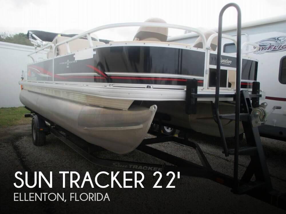 2014 Sun Tracker Fishin' Barge 22 DLX - Photo #1