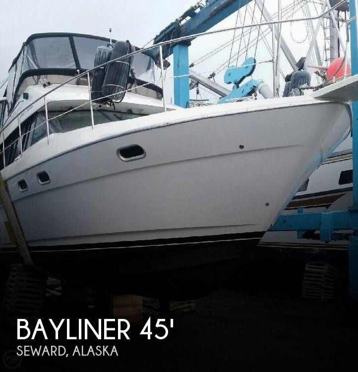 1995 Bayliner 4587 Cockpit Motor Yacht for sale