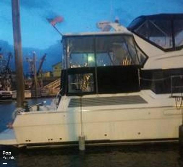 1995 Bayliner boat for sale, model of the boat is 4587 Cockpit Motor Yacht & Image # 6 of 38