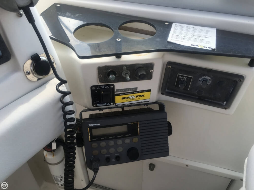 1989 Trojan 11M Express - Photo #33
