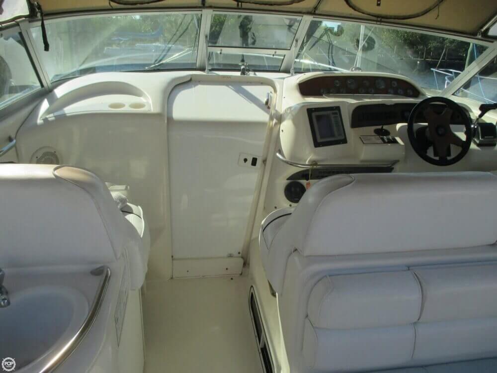 1995 Sea Ray 330 Sundancer - Photo #19