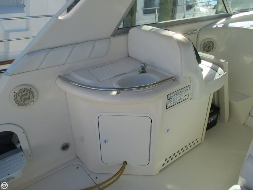 1995 Sea Ray 330 Sundancer - Photo #26