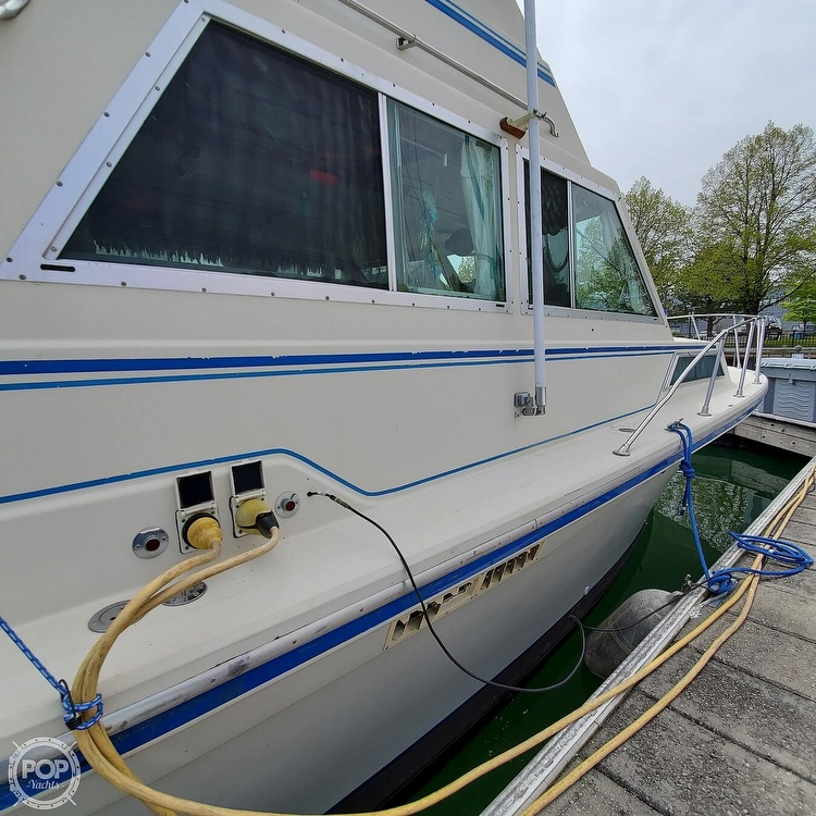 1977 Stamas boat for sale, model of the boat is 32 Sport Sedan & Image # 26 of 40