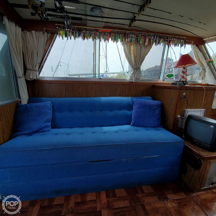 1977 Stamas boat for sale, model of the boat is 32 Sport Sedan & Image # 35 of 40