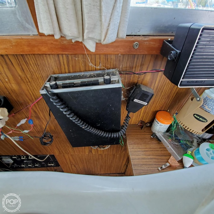 1977 Stamas boat for sale, model of the boat is 32 Sport Sedan & Image # 38 of 40