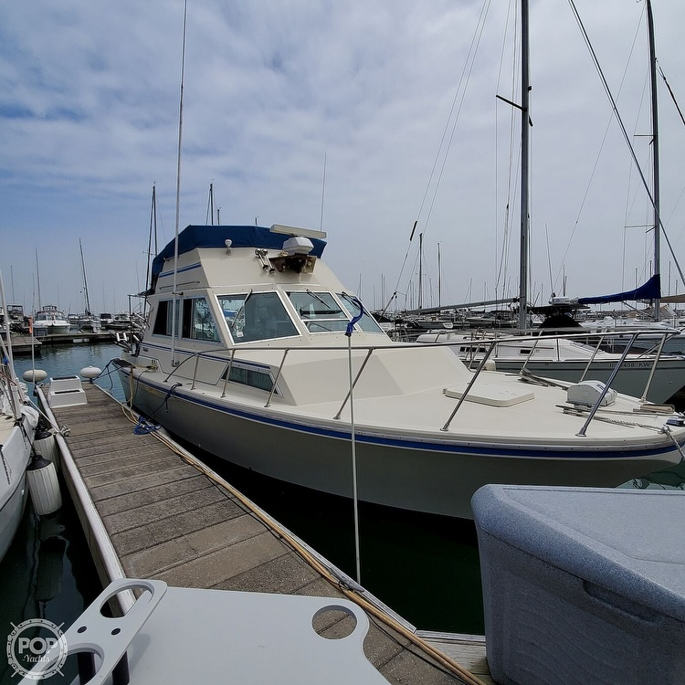 1977 Stamas boat for sale, model of the boat is 32 Sport Sedan & Image # 3 of 40