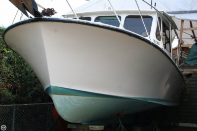 Glenn Young 32, 32', for sale - $30,000