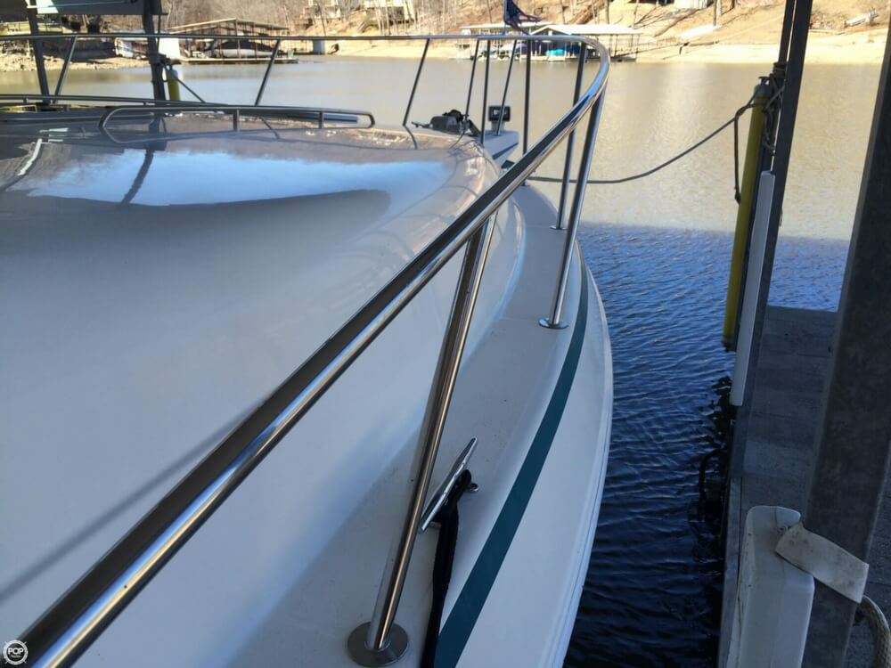 1992 Baja 340 Motor Yacht - Photo #23