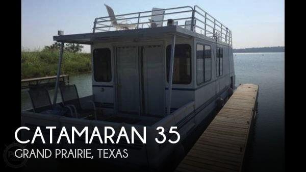 2002 Catamaran Cruisers 35 - Photo #1