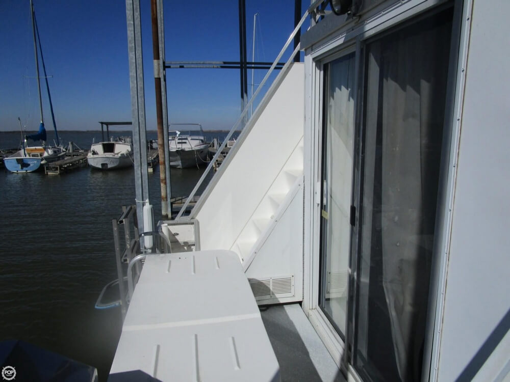 2002 Catamaran Cruisers 35 - Photo #20