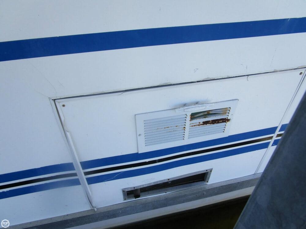 2002 Catamaran Cruisers 35 - Photo #40