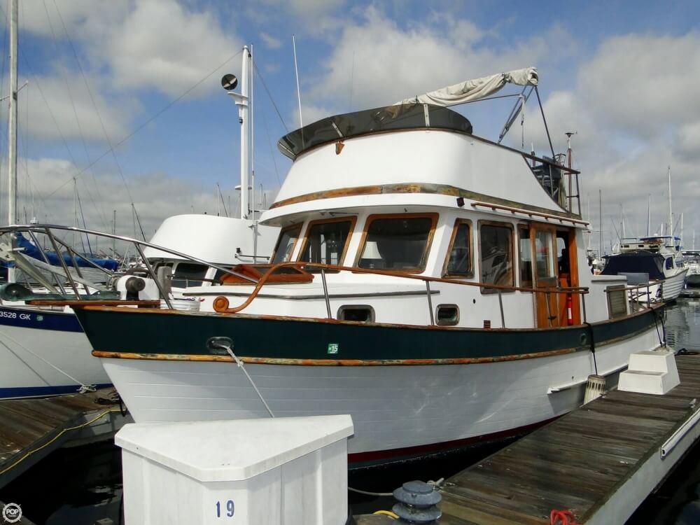 1977 C & L Trawler 34 - Photo #2